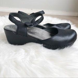 "DANSKO 37 ""Sam"" Black Leather Ankle Strap Clogs! 7"